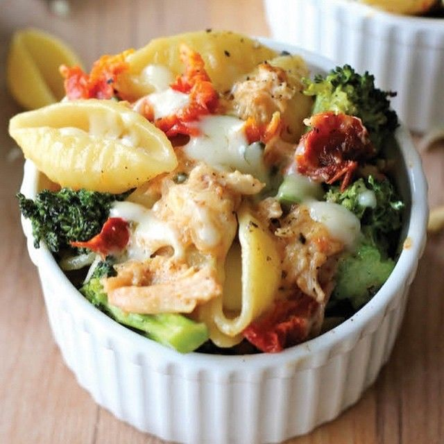 This lightened-up mac and cheese is a sure way to get even the pickiest of eaters to eat their veggies! Ingredients 8 ounces pasta shells 3 cups broccoli florets 3/4 cup milk 1/4 cup julienned sun dried tomatoes 6 ounces Laughing Cow Light Cheese Wedges 2 cups shredded chicken breast…