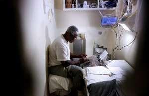 Death row inmate Oscar Gates in East Block at San Quentin State Prison, San Quen... - Gary Coronado/Los Angeles Times/TNS
