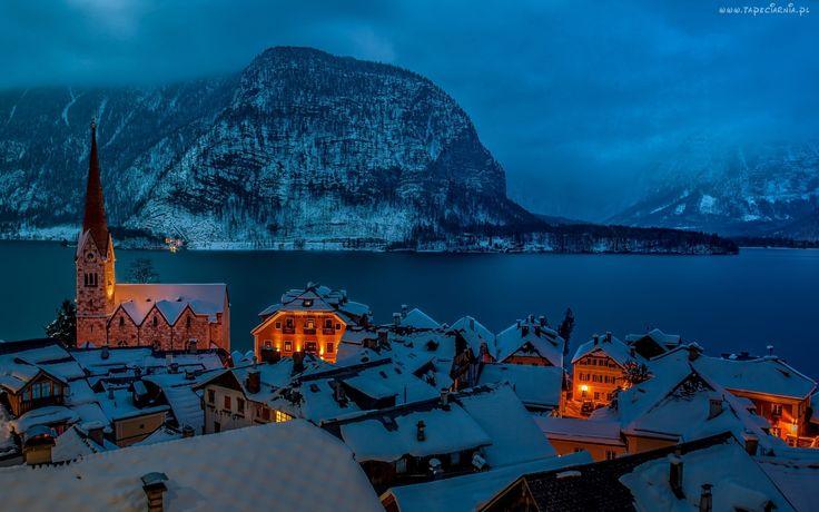 Hallstatt - kościół, jezioro (Austria)