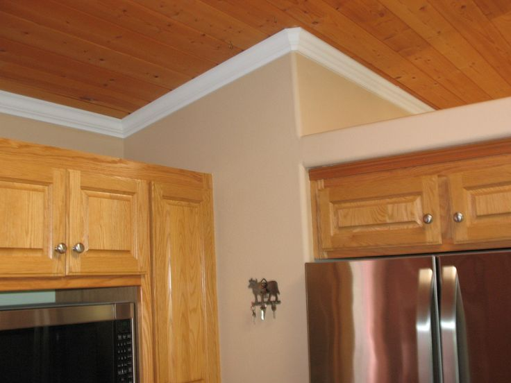 17 best ideas about crown molding installation on for Oak crown molding for kitchen cabinets