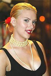 Johansson at the premiere of Girl with a Pearl Earring at Toronto International Film Festival in 2003
