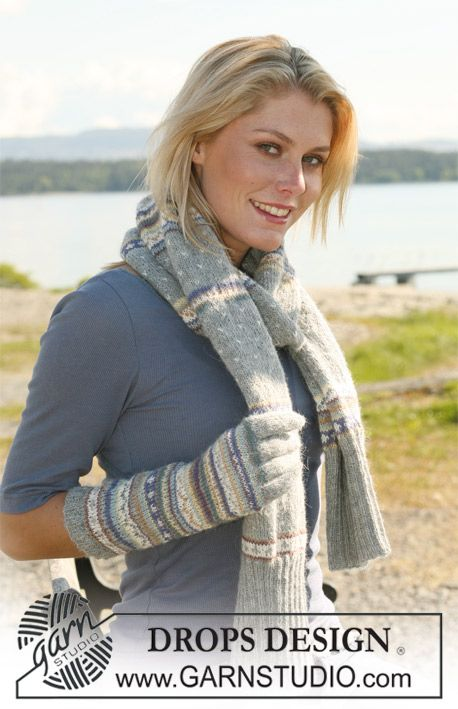 """Set comprising: DROPS scarf worked in the round and gloves in multi coloured pattern in """"Alpaca"""". ~ DROPS Design"""