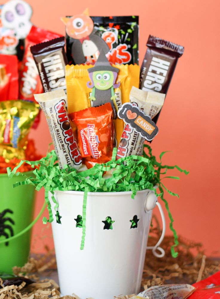 Cheap Halloween Treats To Hand Out