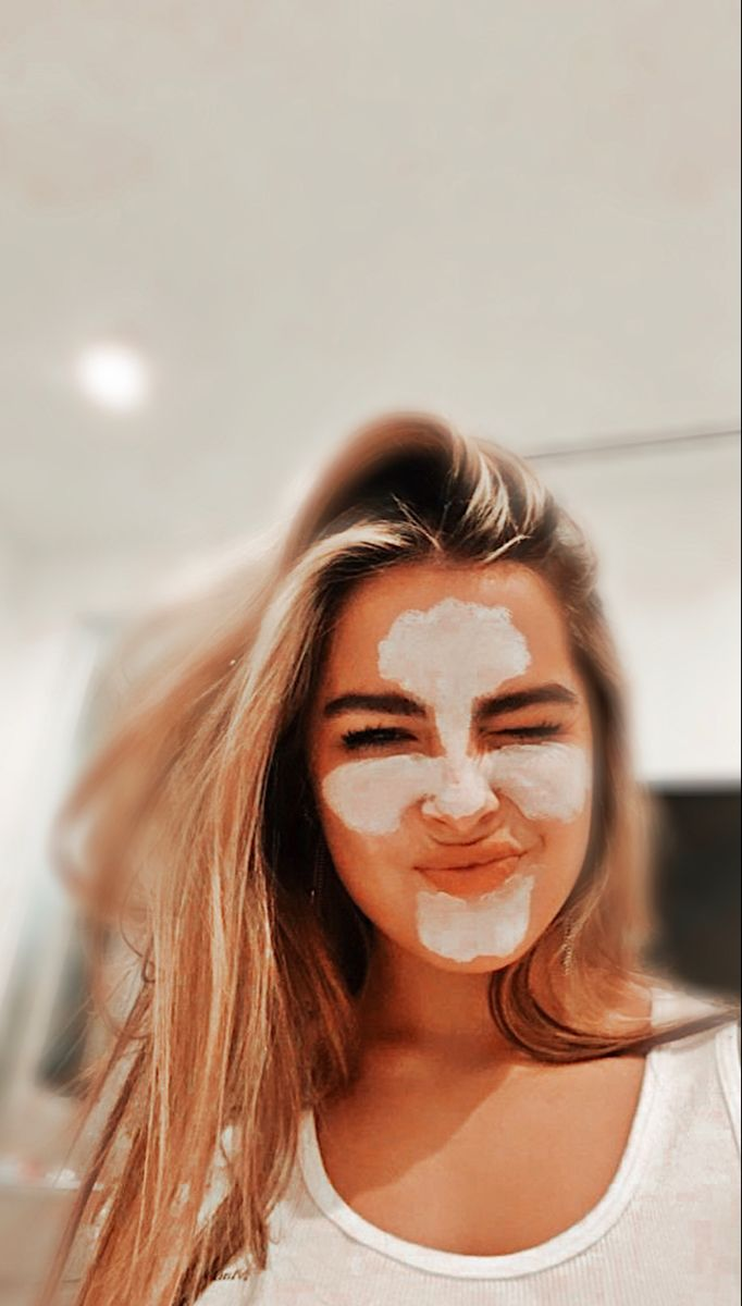 Addison Rae Pfp By Editsx Fanpage Aesthetic Photo The Most Beautiful Girl Girl Celebrities