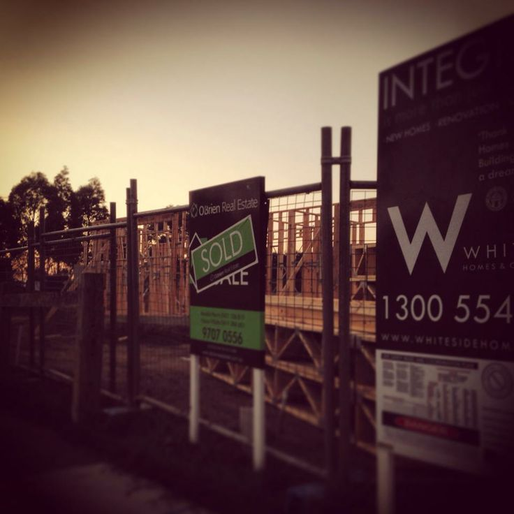 Sun rises on another Whiteside Homes project #botanicridge #townhouse #development