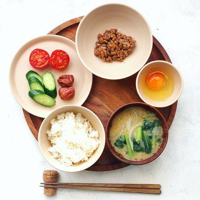 Today's breakfast. 今日の朝食は納豆定食海苔を切らしてた #朝定食 #納豆定食 #熊本とっぺん野菜 #春の朝ごはん #朝ごはん部 #Legere_S #Japanesebreakfast by higuccini