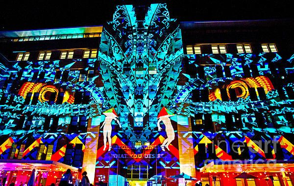 Vivid Sydney...    Above the door it say: You  imagine what you desire !