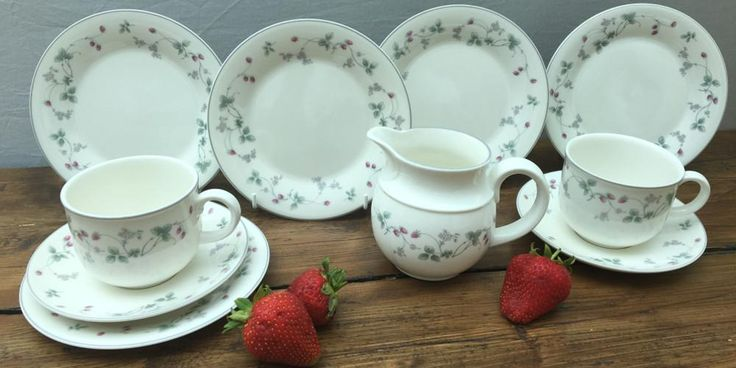 Royal Doulton Strawberry Fayre