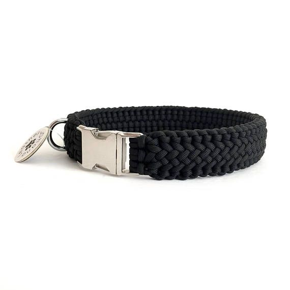 This Is Not Your Average Paracord Dog Collar This Collar Is A
