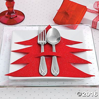 Christmas Tree Silverware Holder Idea. This is cute.