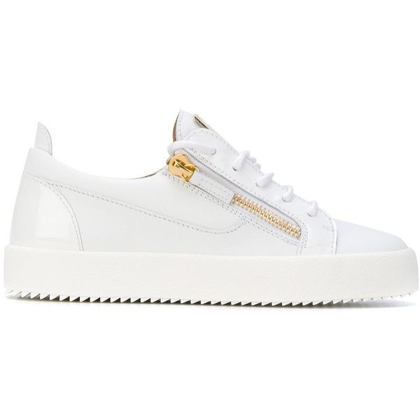 Giuseppe Zanotti Design Nicki low-top sneakers ($603) ❤ liked on Polyvore featuring shoes, sneakers, white, round toe shoes, low profile shoes, white trainers, urban sneakers and giuseppe zanotti trainers