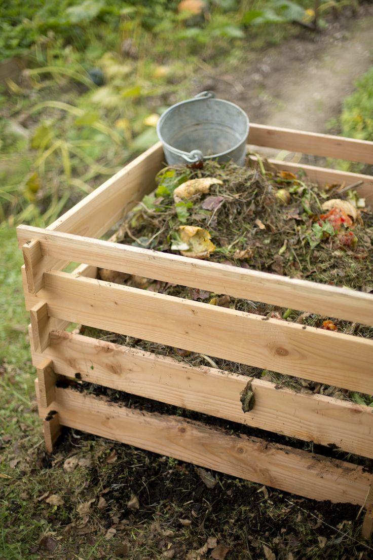 Le compostage fait partie des gestes simples de jardinage au naturel !