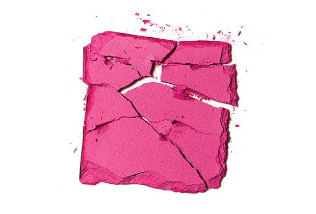 Revive Your Broken Blush With This Brilliant Fix - SELF