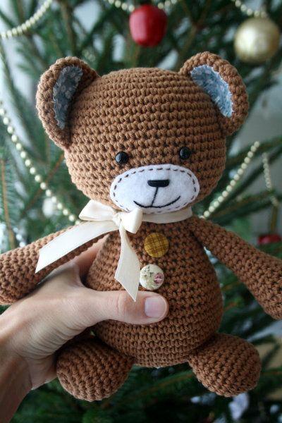 Smugly smiley teddy bear   lilleliis