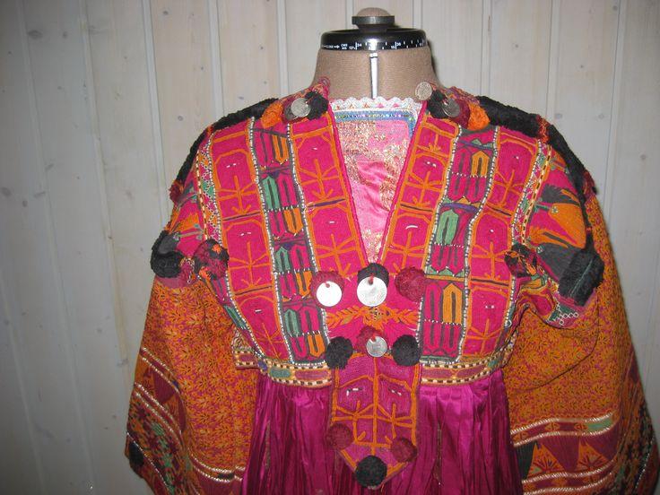 Woman's dress bodice (Kakarh)
