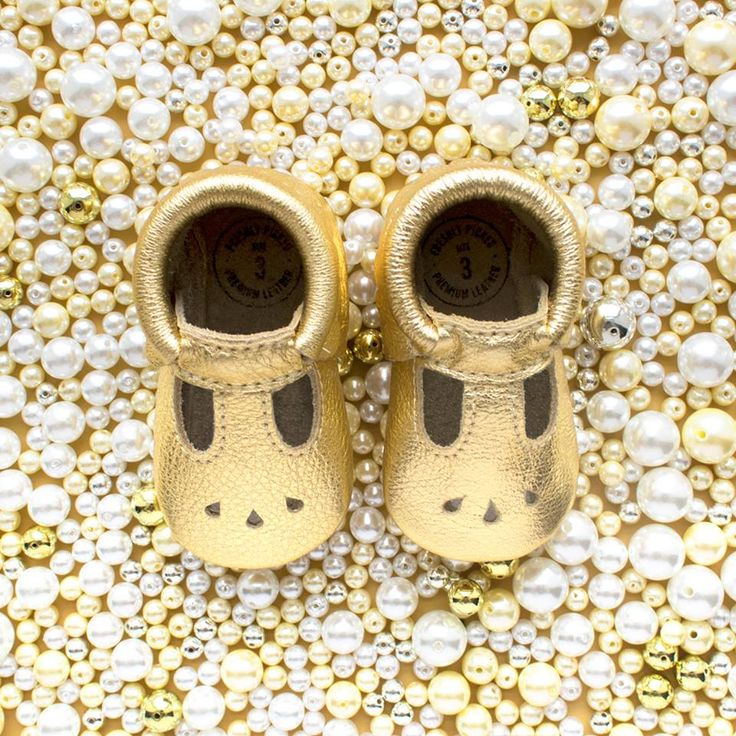 Gold Mary Jane Baby Mocassins by Freshly Picked. #babyshoes