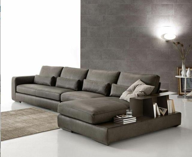 Canapé modèle Pelland, cuir gris