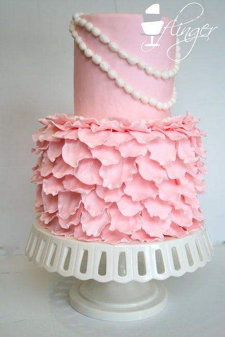 I want this cake!!!