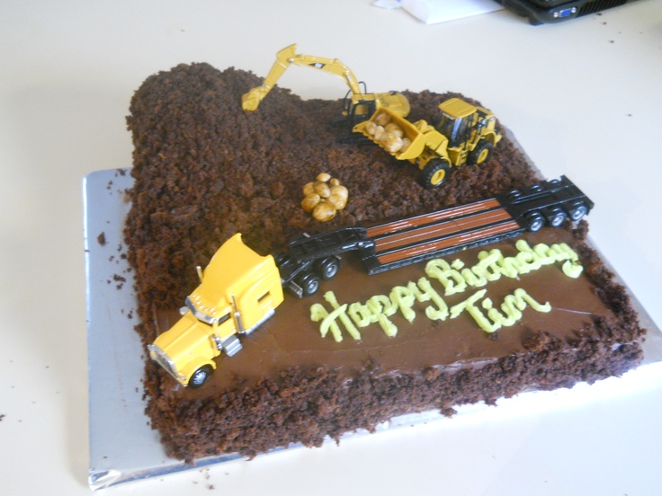 truck and tractor cake | Case bday | Pinterest