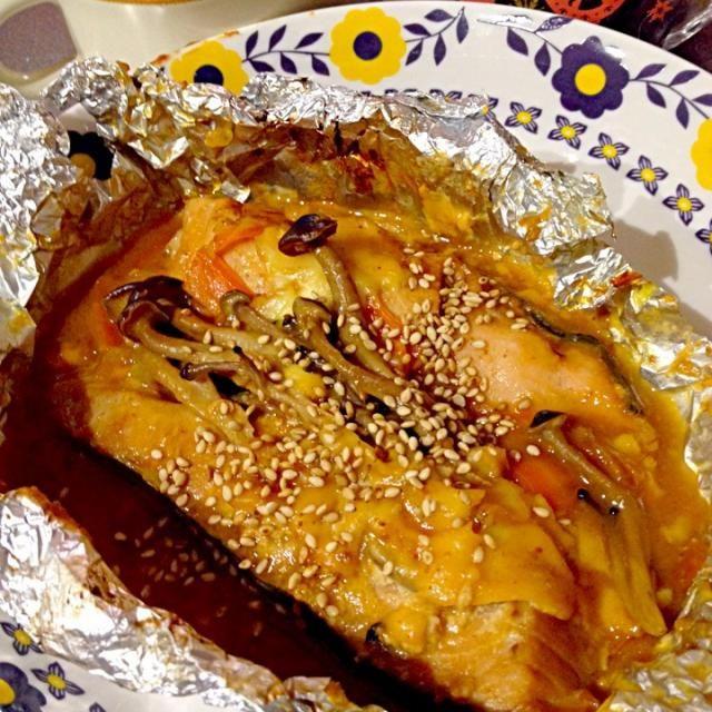 豚味噌じゃなくても、もちろん オッケーですょ♡ - 23件のもぐもぐ - ★鮭のホイル焼き☆ by chizu7
