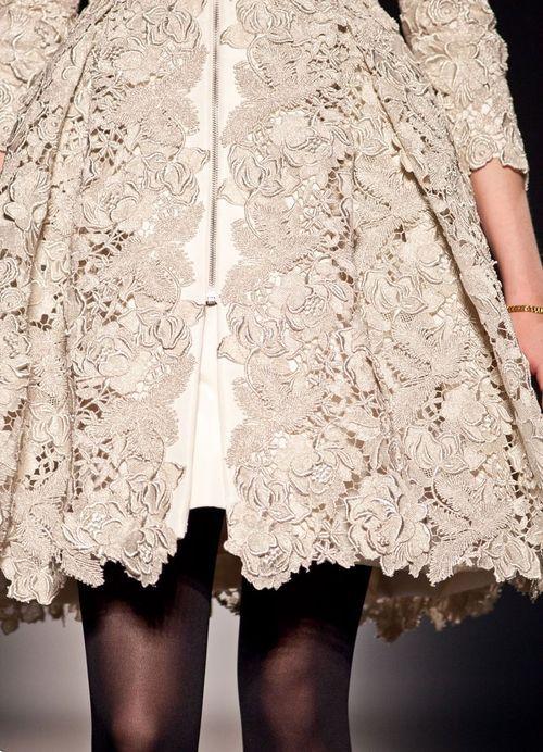 lace lace lace: Couture Details, Lace Lace, Swings Coats, Christopher Joss, White Lace, Lace Overlay, Black Tights, Lace Dresses, Haute Couture