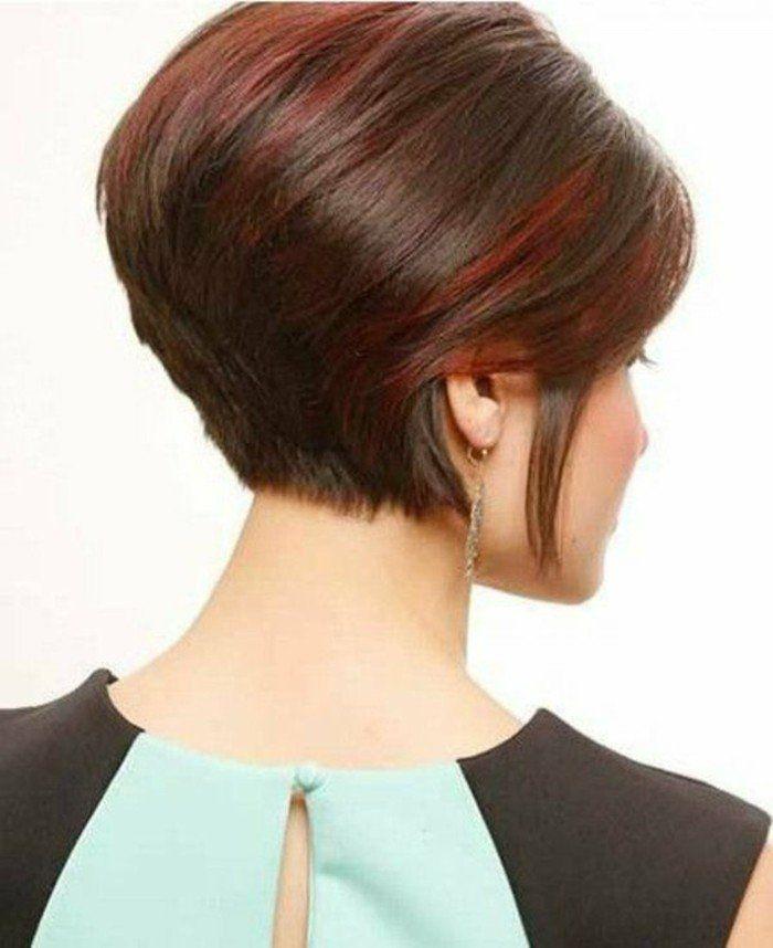 coupe courte asymétrique, coupe de cheveux courte femme