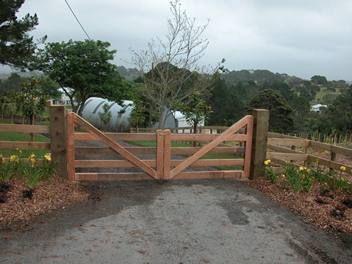 Farm Driveway Entrance Gates Gates Farm Gate Gate