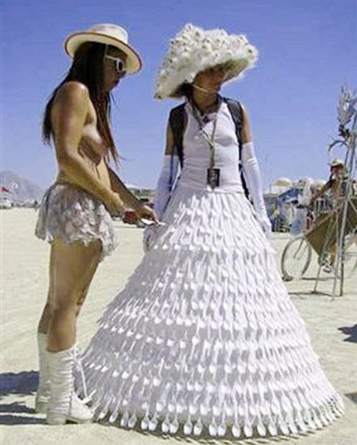 Craziest Wedding Dresses Ever Worn: Truly Awful Wedding Dresses