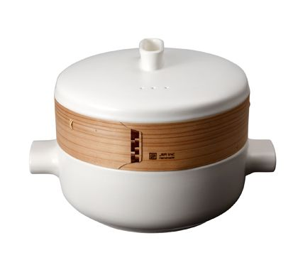 The method of steaming food was invented during the Han Dynasty thousands of years ago. Legend has it that General Han Xin made cooking utensils from bamboo and wood to cook food with steam. Through history, steaming has evolved to be one of the most iconic and essential cooking techniques in the Chinese culinary lexicon.  The steamer basket replaces the traditional bamboo base with terracotta. This natural material has efficient liquid absorbing characteristics, meaning it can absorb any…