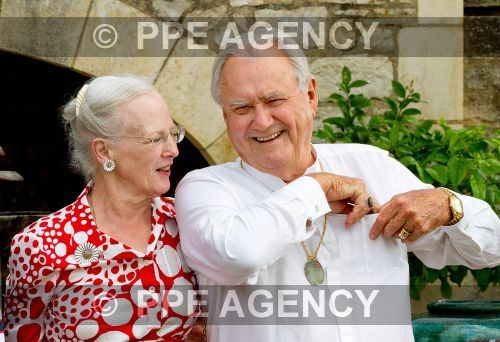 Família reunida no Castelo de Cayx para celebrar o 80º aniversário do Príncipe Henrik
