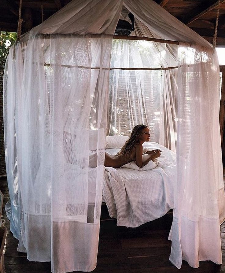 die besten 10 moskitonetz baldachin ideen auf pinterest baby schlafzimmer kinderbettchen und. Black Bedroom Furniture Sets. Home Design Ideas