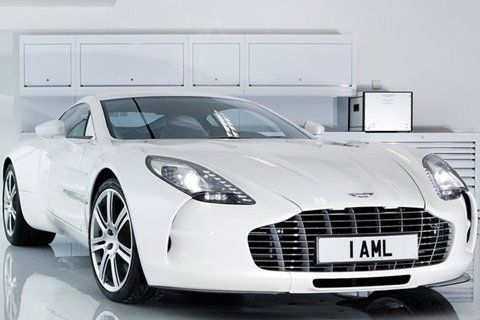 Superieur Aston Martin One 77: Est. Price: $1,850,000.00, Maximum Speed: 220