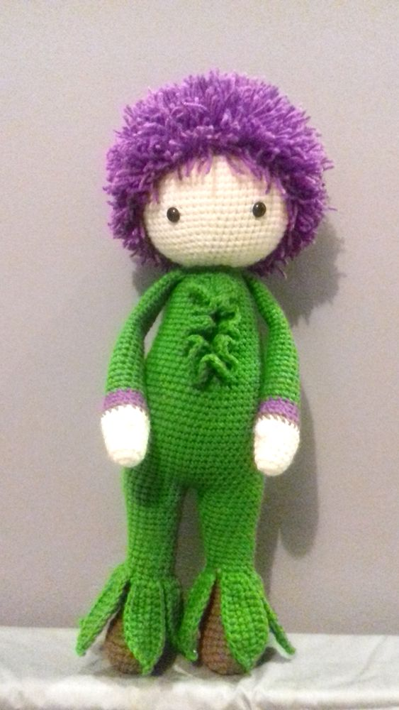 Crochet Giant Onion Otto flower doll made by Monika J - crochet pattern by Zabbez