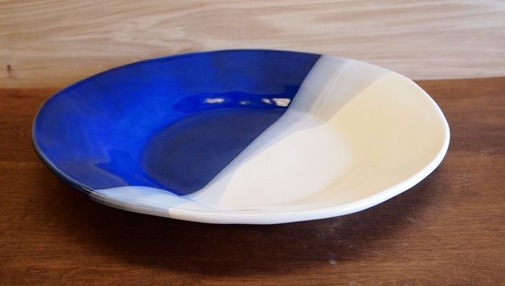 Round Platter In 2020 Stoneware Clay Stoneware Northern California