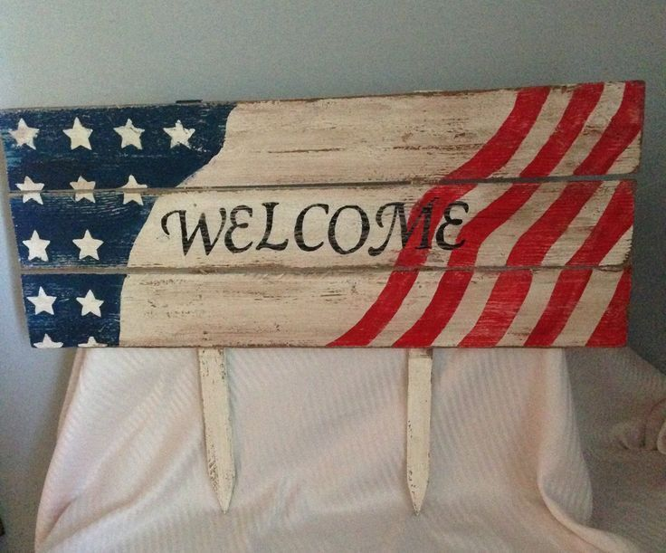 Staked yard sign for Memorial Day or 4th of July.  Very patriotic, handmade with pallet wood.