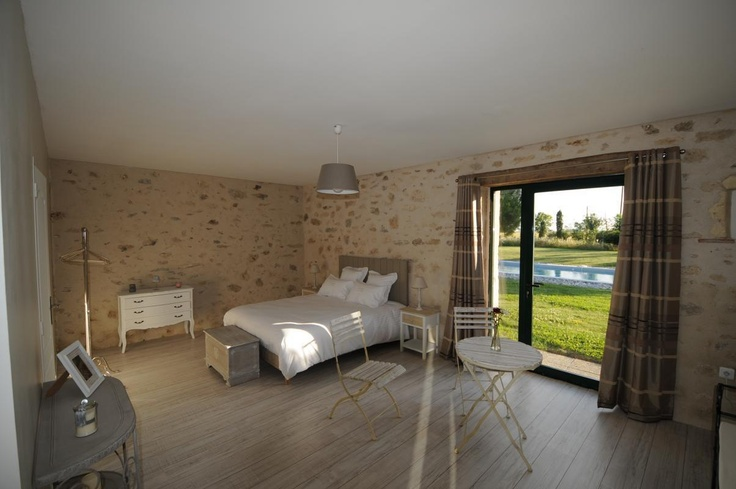 New Bed & breafasts in south Touraine with two wonderfull and spacious bedrooms. Well-being area with spa and sauna. The peaceful garden will makes your stay unforgetable !  More information http://www.valdeloire-tourisme.fr/gite-G19331.html