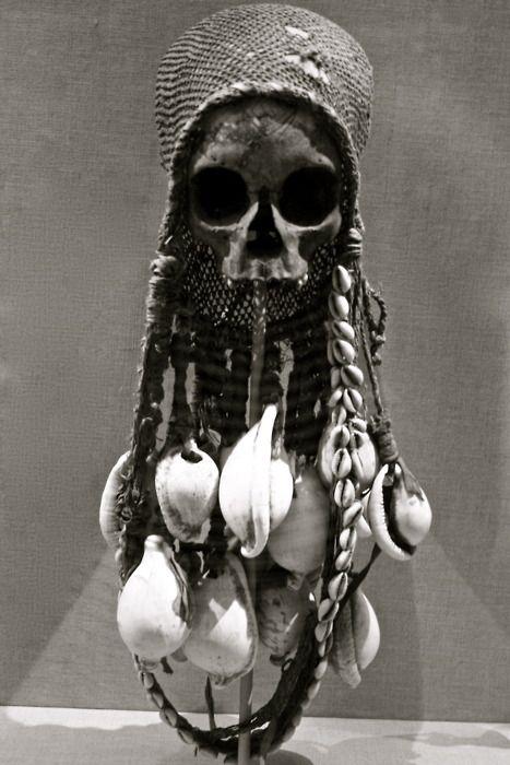 Skull reliquary, Gulf of Papua, c19th.