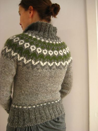 free knitting pattern cardigan sweater fair isle needle 4.5mm and 340m light grey, 306m medium grey, 45m green, 40m white