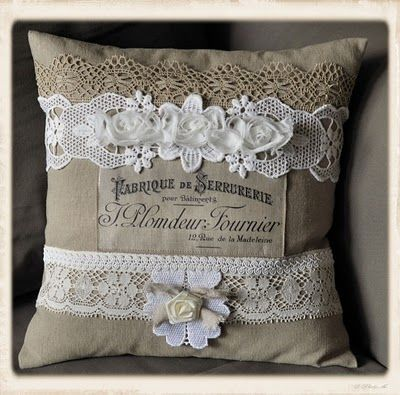 Brag Monday- French Linen Pillow and Handmade Bird Card - The Graphics Fairy