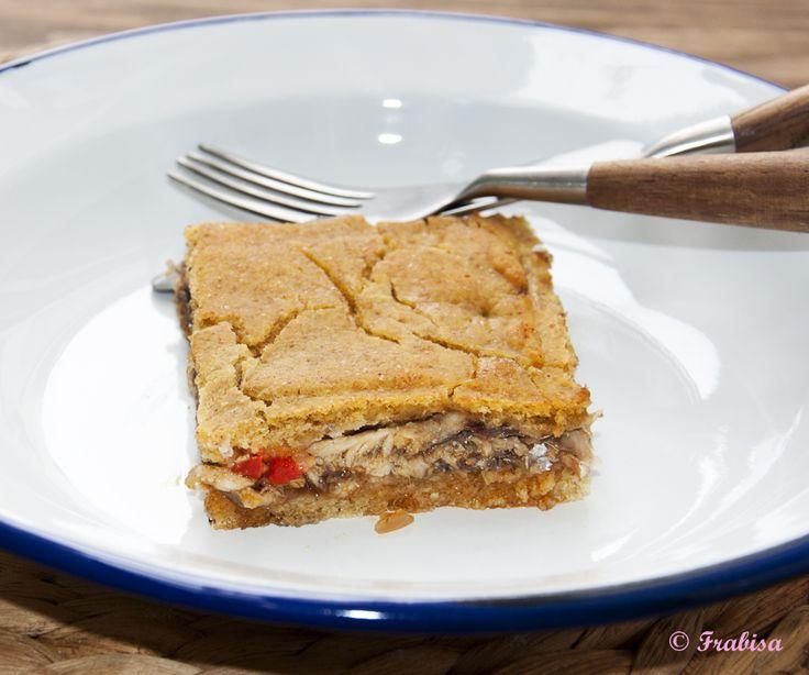 Empanada de maíz y xoubas (sardinillas) COCINA GALLEGA | La Cocina de Frabisa