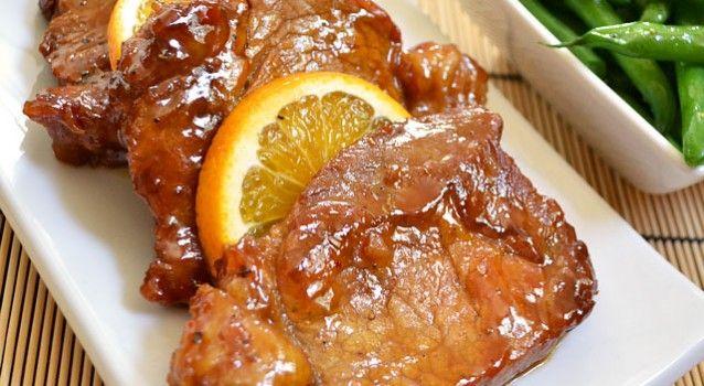 Χοιρινά μπριζολάκια στο τηγάνι με μέλι, πορτοκάλι & μουστάρδα