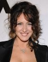 Joely Fisher, Actress: Ellen. Growing up in a Beverly Hills mansion, well-fed, well-educated and well-traveled - what could be more perfect? But absentee father Eddie Fisher, an alcoholic and self-confessed drug addict, and sexpot mother Connie Stevens, introducing a succession of men into her life, made growing up very complicated...