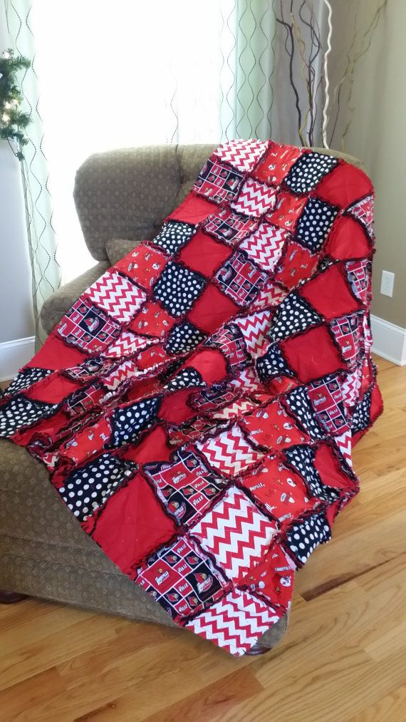 Hey, I found this really awesome Etsy listing at https://www.etsy.com/listing/210449490/university-of-louisville-rag-quilt-throw