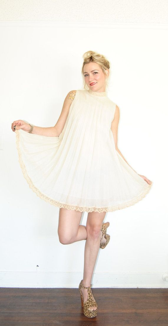 Vintage 60s white lace dress cream baby doll dress shift
