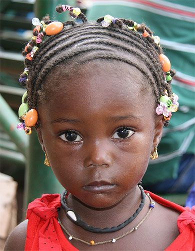 Africa |  Portrait of a young girl.  Mali | © Catherine Fauré