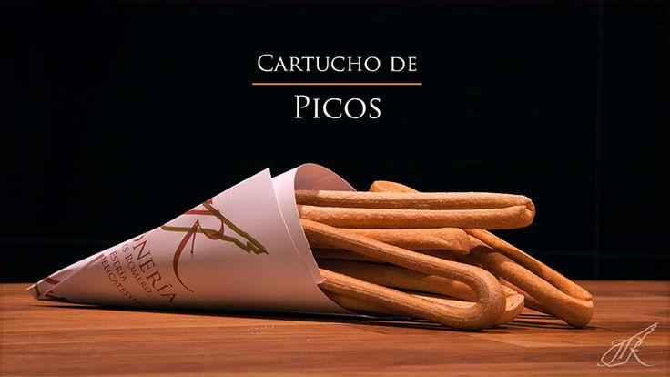 Bread Sticks Gourmet Cone. Jamonería José Luis Romero. Seville, Spain. // Cartucho de Picos. Sevilla, España.