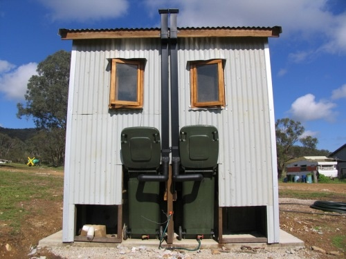 how to build a composting outhouse