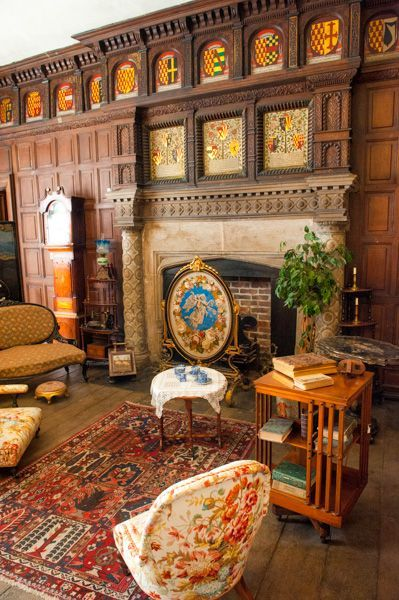 Tamworth Castle .- Drawing Room, one of the restored Jacobean rooms, Staffordshire, England
