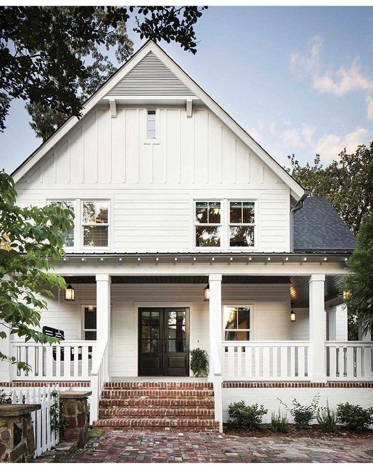 Such A Pretty Farmhouse Look Modern Farmhouse Exterior House Exterior Exterior Design