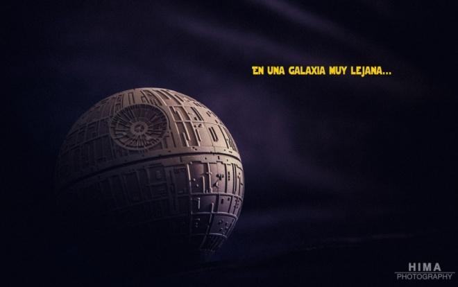 Hace mucho tiempo en una galaxia muy lejana… Aprovechando mis figurillas de Star Wars se me ha ocurrido esta fotejo en plan maquetilla. Todos nos posicionamos en un bano u otro, pero creo que el lado oscuro nos seduce a tod@s.